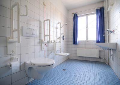 Seguridad, comodidad y tranquilidad en los baños para las personas mayores y con movilidad reducida